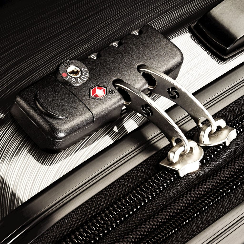Samsonite Winfield 2 Review TSA Lock