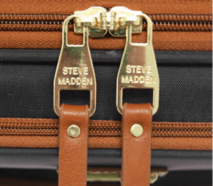 steve madden weeled uner the sat bg zipper